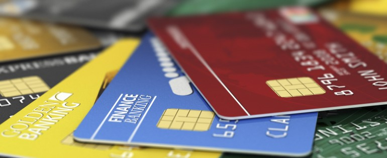 Understanding the credit card vs. debit card
