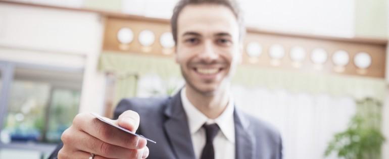 Choose the best travel reward credit card bonus for you